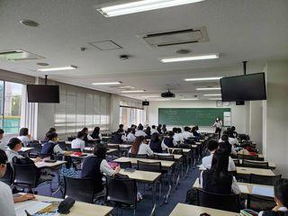 授業風景写真1.JPG.JPGのサムネイル画像
